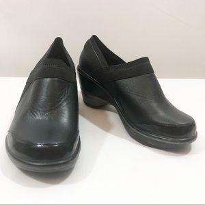 Jambu Black Cali Classic Style Clog 6.5